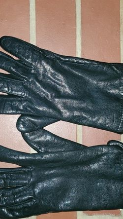 Womens Genuine Leather Gloves Sz Small / Medium for Sale in Raleigh,  NC