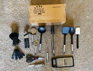 23 Piece utensil set - Kitchen for Sale in Phoenix, AZ