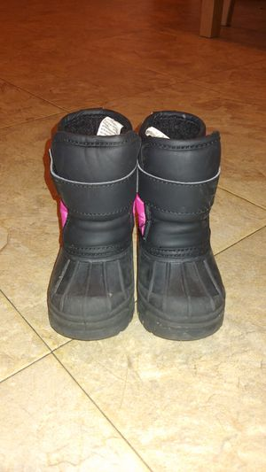 Girls snow boots for Sale in Zion, IL