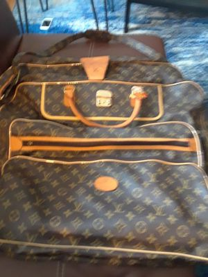 Louis vuitton luggage bag for Sale in Dublin, OH
