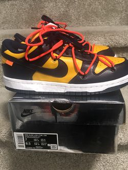 Nike Off-White Dunks (Michigan) for Sale in Gambrills,  MD