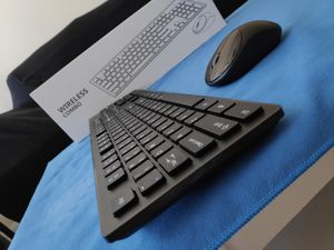 NEW! Wireless bluetooth keyboard and mouse combo for Tablet desktop pc laptop chromebook for Sale in Las Vegas, NV