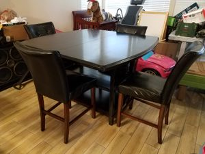 Dinner Table w/ 4 chairs for Sale in Laveen Village, AZ
