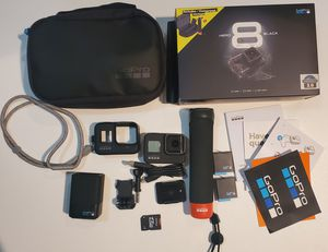 HERO 8 BLACK GoPro. Bundle plus ➕ accessories. 3 batteries, dual charger battery, rubber case protection. Great conditions like new . for Sale in Tampa, FL
