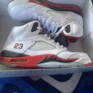 Jordan 5 FIRE RED size 11 for Sale in San Diego, CA