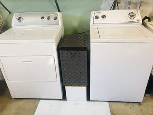 Whirlpool !! Washer and dryer for Sale in Chula Vista, CA