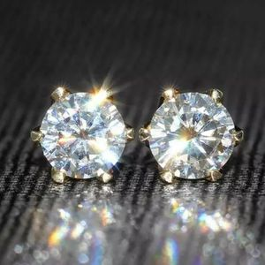 New 1.6 ct moissanite diamonds stud earrings! for Sale in Bloomfield Hills, MI