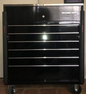 """Brand New, Snap-on 40"""" Sliding Eight-Drawer Stainless Lid tool box for Sale in Irwindale, CA"""