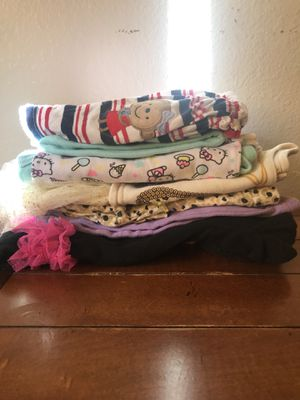6-9m baby girl clothes in good conditions for Sale in San Diego, CA