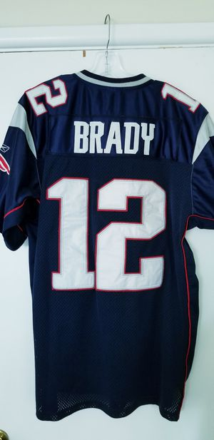 Tom Brady Large Stitched Patriots Jersey in Very Good Condition! for Sale in Braintree, MA