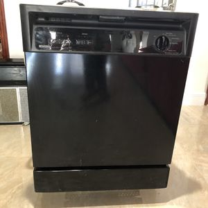 Kenmore Dishwasher for Sale in Fort Lauderdale, FL
