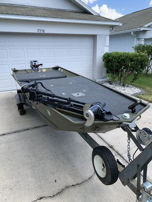 14' Jon boat for Sale in Zephyrhills, FL
