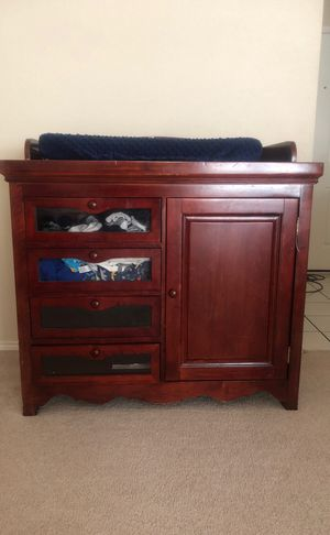 Changing Table Dresser for Sale in Mansfield, TX