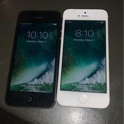 2 iPhone 5's for Sale in St. Louis,  MO