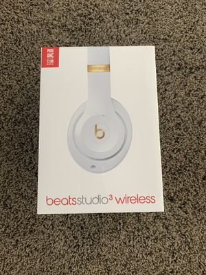 White Beats Studio Headphones New in Wrapping for Sale in Scottsdale, AZ