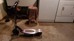 """Girls 20"""" bicycle $30 Razor electric scooter $25 for Sale in Reading, PA"""