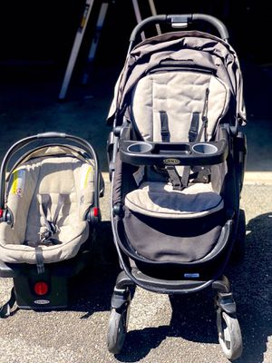 GRACO Modes 3 in 1 convertible Stroller, Car seat with base in excellent condition for Sale in Redmond, WA