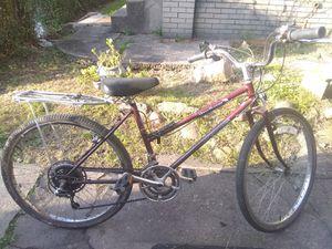 Mesa runner schwinn bike for Sale in Beaver Falls, PA