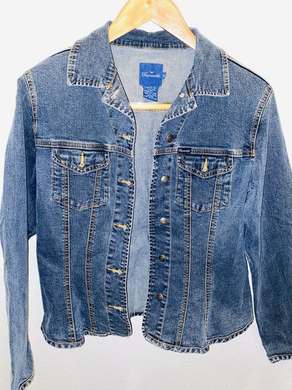 Matching jean jacket size M and Jeans size 10