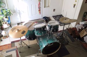 Pearl Vision Birch Artisan II Drum Set (Emerald Fade Eucalptus) for Sale in North Las Vegas, NV