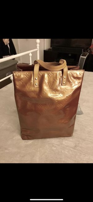 LV Tote Bag Pre-Owned. In very good condition. As Is Sold! for Sale in Berkeley, CA