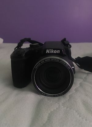 Nikon Coolpix B500 (just needs AA batteries) for Sale in Los Alamitos, CA