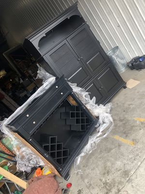 Winery & tv stand for Sale in Newport, KY