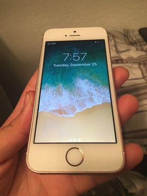 iPhone 5se for Sale in Dallas, TX