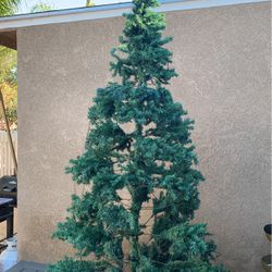 Free Artificial Christmas tree for Sale in San Diego,  CA