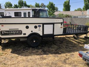 2015/2018 Forest river Palomino base Camp pop up Toy hauler 4 x 4 for Sale in Camas, WA