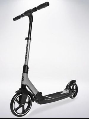 Exooter M7 adult cruiser kick scooter ( NOT ELECTRIC) with front and rear dual suspension shocks with an adult weight capacity of 220 lbs. Featurin for Sale in South Gate, CA