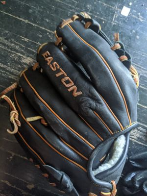 Easton baseball glove. for Sale in Indianapolis, IN