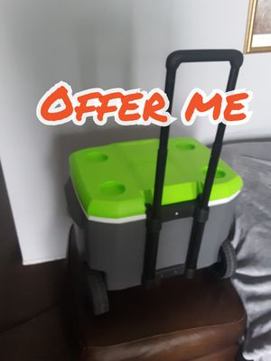 COOLER for Sale in Long Beach, CA