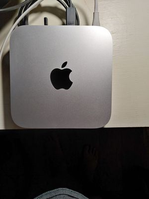 Mac Mini 2012 i7 w/SSD for Sale in Goodyear, AZ