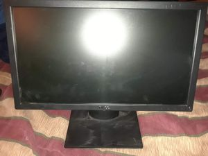 2 flat screens/monitors & wireless keyboard and mouse for Sale in Pittsburgh, PA