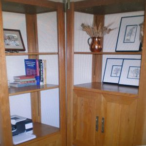 Solid Oak Entertainment Cabinet / Bookshelves for Sale in San Diego, CA