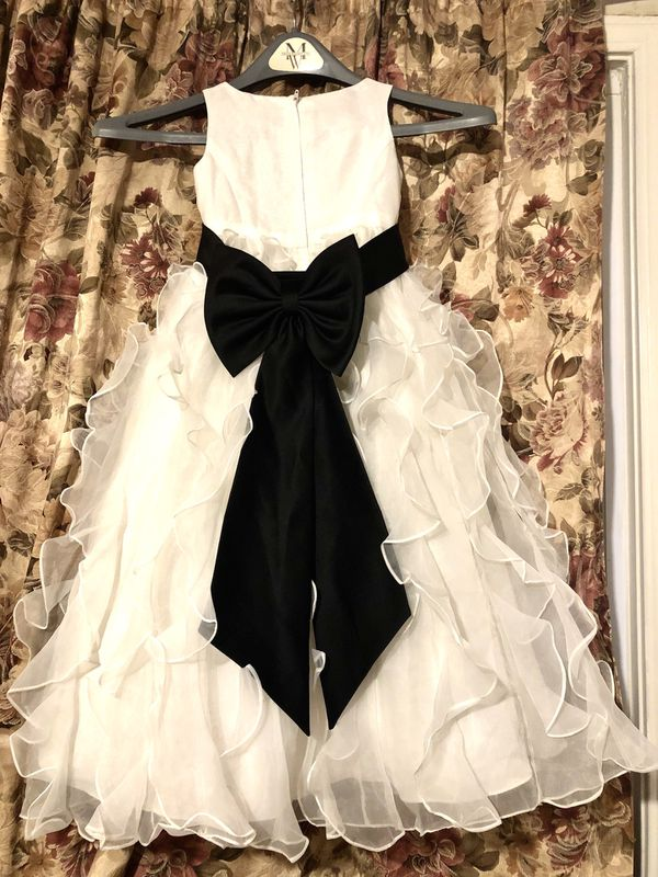 Flower Girl/Princess/Special Occasion Dress, size 4