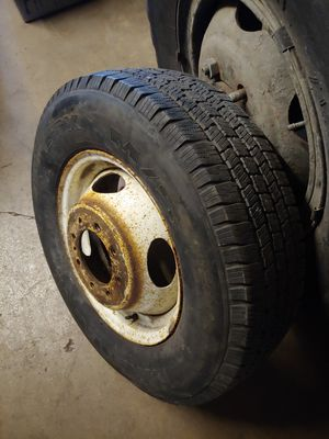 Wheel and tire for Sale in Wood Dale, IL