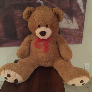 Giant stuffed Teddy bear for Sale in San Antonio, TX