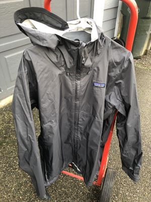 Patagonia Torrentshell Mens XL Jacket for Sale in Puyallup, WA