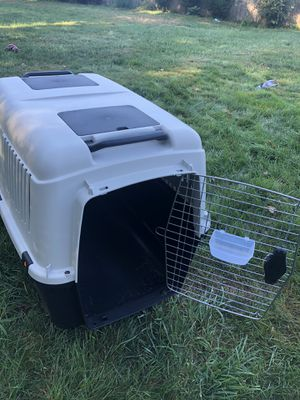Large dog crate, brand new (used once) for Sale in Cumberland, RI