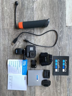 Like new GoPro Hero 7 Black Action Camera Bundle for Sale in Happy Valley, OR