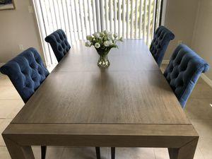 Long Oak Wood Dining Table for Sale in Miramar, FL
