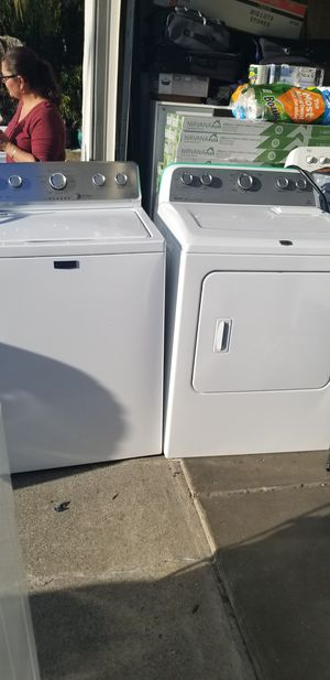 Maytag MTC washer Electric dryer set LIKE NEW for Sale in Vacaville, CA