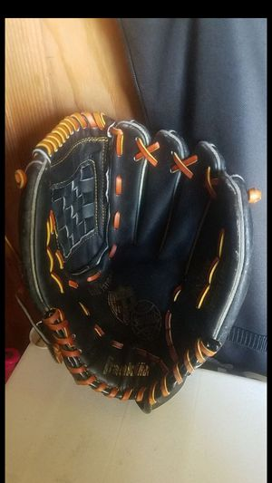 "Softball glove, 12"" for Sale in Whittier, CA"