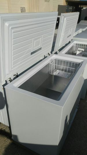 Chest Freezer (8.7 Cu Ft) for Sale in St. Louis, MO
