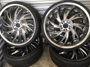 22 inch rims and tires Universal fit for Sale in Pompano Beach, FL