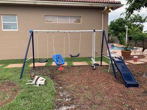 Swing set for Sale in Miami, FL