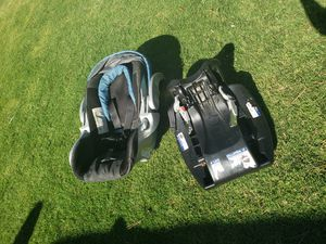 Car seat & jogging stroller for Sale in Bakersfield, CA