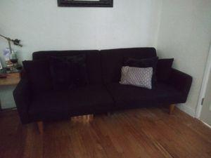 Futon sofa for Sale in Fresno, CA